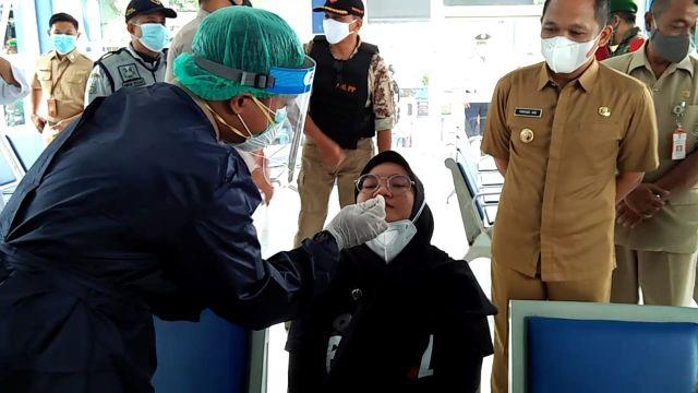 Perwakilan Jurnalis Lumajang Lakukan Rapid Antigen Untuk Cegah Covid19