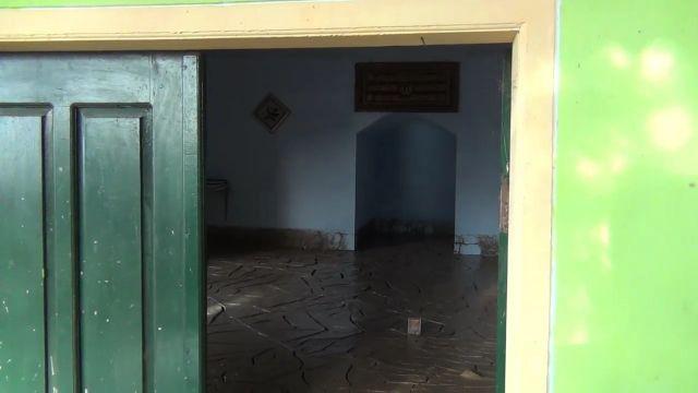 Mushola Penambang Pasir Diterjang Banjir Lahar Semeru Lumajang