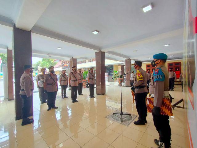 8 Perwira Polres Lumajang Mutasi Jabatan