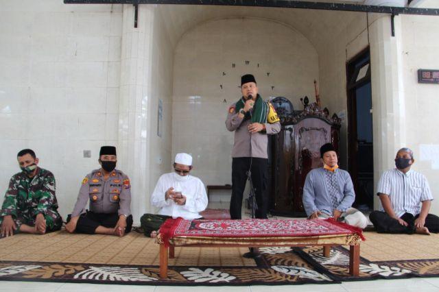 Kapolres Lumajang Silaturahim kePonpes Bustanul Ulum Krai
