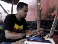 Indra Lesmana Bisnis Jasa Antar-Jemput Service Smartphone
