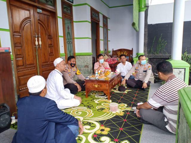 AKBP Eka Yekti Kunjungi Ponpes Roudlotul Ma'rifat Lumajang
