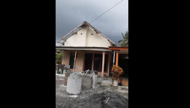 Angin Kencang Terjang Belasan Rumah di Desa Penanggal Lumajang