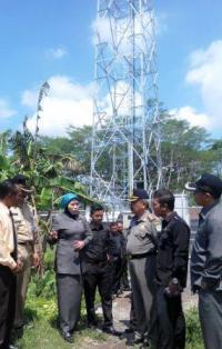 Sidak ke Desa Kaliboto, Komisi A DPRD Temukan Tower Bodong Milik Mitratel