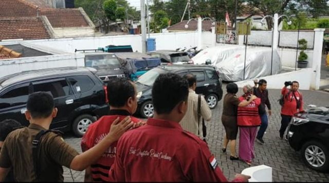 2 Tersangka Korupsi Proyek Pasar Hewan Lumajang Langsung Ditahan
