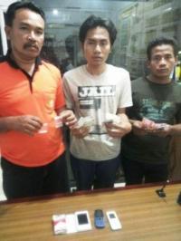Empat Orang Pengedar Sabu-Sabu Diringkus Polisi