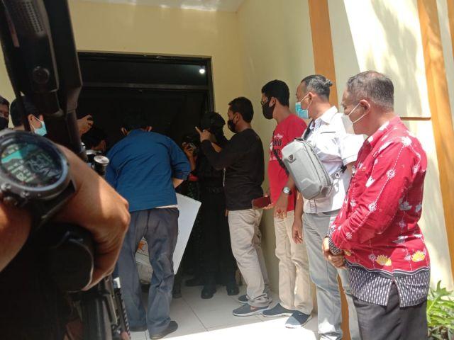 Polisi Bersenjata Kawal 3 Ribu Vaksin Covid -19 Tiba di Lumajang