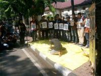 Aksi Solidaritas Salim Kancil dan Tosan, Aktivis Cium Upaya Penyederhanaan Kasus Selok Awar-awar
