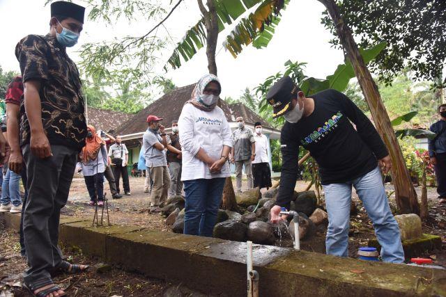 Bupati Lumajang Tunjuk Achmad Arifulin Demi Atasi Air di Ranuyoso