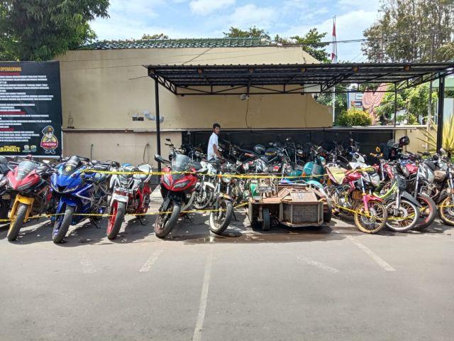 Satlantas Polres Lumajang Tilang 33 Sepeda Motor Knalpot Brong