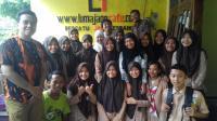 Tim Journalist Of Smagrisa Kunjungi Lumajangsatu.com Belajar Menulis Feature
