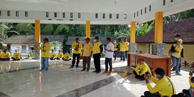 Bambang Riyanto Golkar Bareng Pemdes Penanggal Aksi Cegah Corona