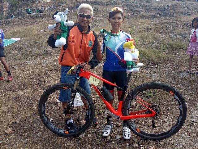 Aris Santoso Bangga Anak Didiknya Raih Mendali di PORPROV