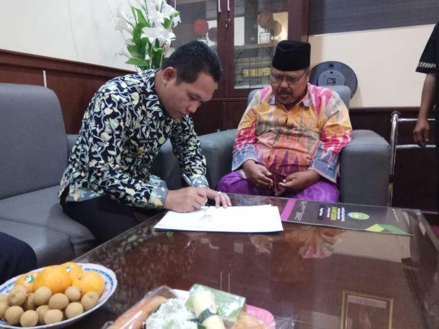 Bupati Lumajang Teken MOU Bersama IAI Syarifuddin
