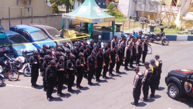 Kapolres Lumajang Terjunan Brimob Back Up Tim Cobra Atasi Penjahat