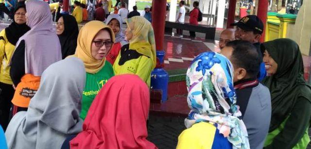 ASN Absensi SIPERLU Pakai Ojek Online, Bunda Indah Kaji Ulang