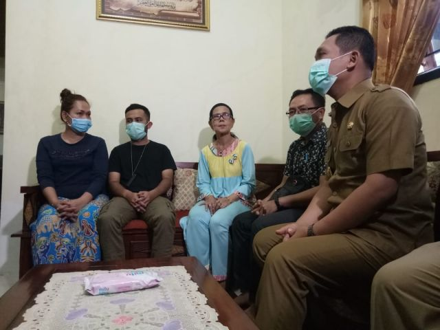 Bupati Lumajang Sidak 7 WNA Asal Malaysia Berkunjung ke Pasrujambe