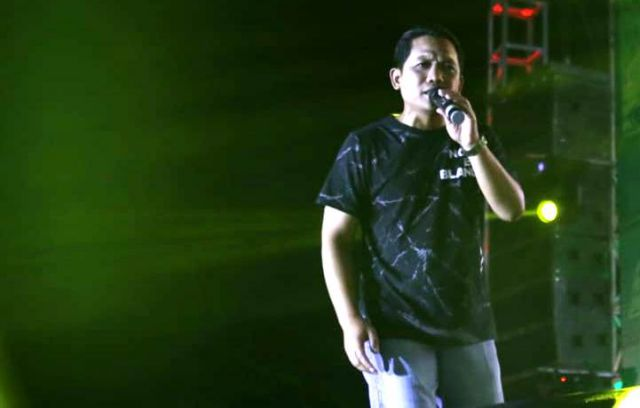 Video : Cak Thoriq Lantunkan Lagu