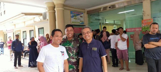 Cak Thoriq Sambangi Bidan Lumajang Korban Laka di RSUD dr Haryoto