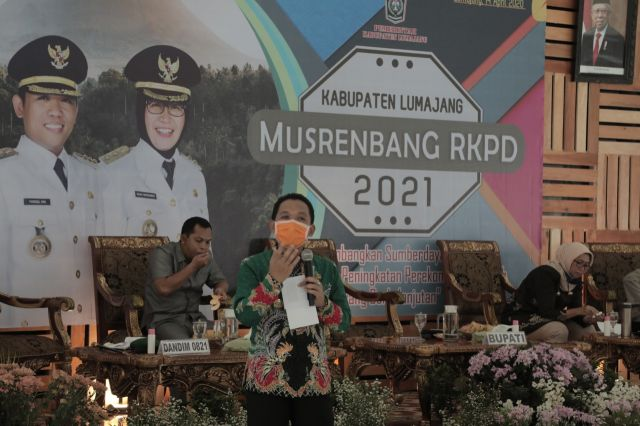 Bupati Lumajang Pimpin Musrenbang Melalui Video Conference