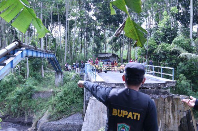 Bupati Lumajang Prioritaskan Bangun Jembatan Gesang-Sememu Putus