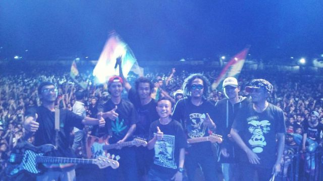 Crew All Band Reagge Fenomenal Lumajang