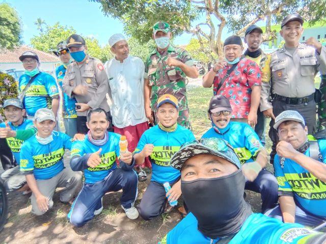 DWTCC Lakukan Penyemprotan Fasum Desa Dawuhan Wetan Lumajang