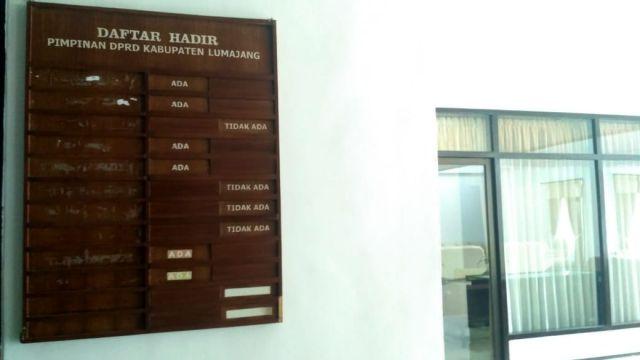 Nama Pimpinan DPRD Lumajang Belum Dibuatkan ?