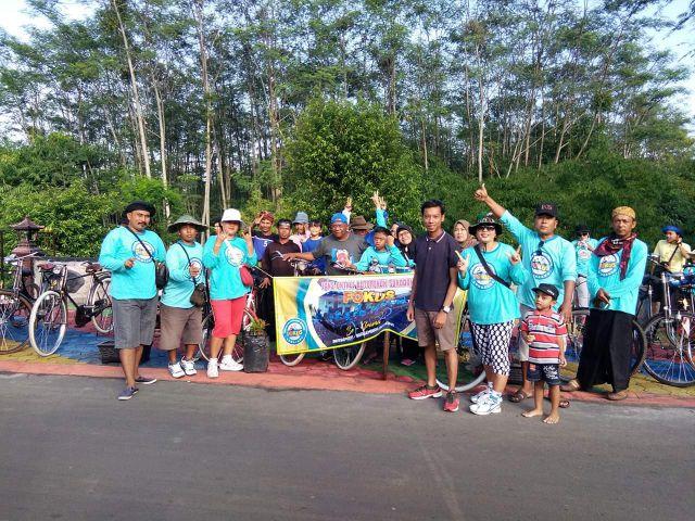Komunitas Fans Onthel Kutorenon Sukodono Berjuang Lestarikan Sepeda Kuno