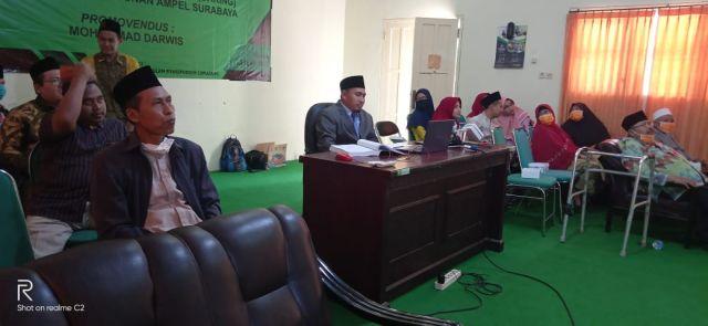 KH. Mohammad Darwis IAIS Lumajang Raih Gelar Doktor
