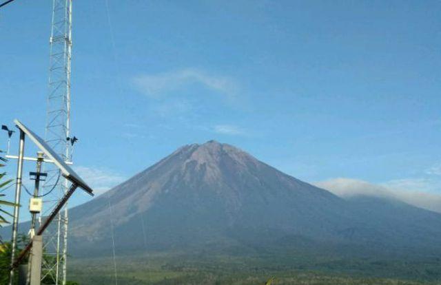 Semeru Tetap Waspada Dikala Gunung Agung, Merapi, dan Bromo Meletus