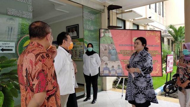 Hari Putri Pastikan Kesiapan Rumah Sakit Lumajang Tangani Corona