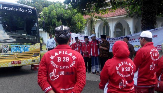 Bupati Lepas Kafilah B-29 Negeri Atas Awan Ikuti Porsadin Jatim di Malang