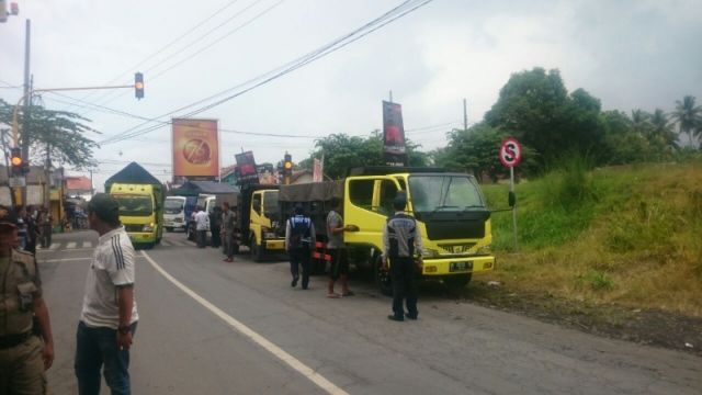 Diduga Bocor, Razia Tambang Pasir Illegal Hanya Tangkap 3 Sopir Truck