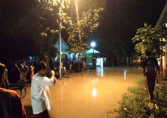 Sungai Meluap, Ratusan Rumah di Biting Terendam Setinggi Pinggang