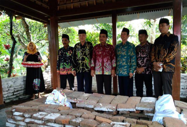 Jadi Simbol Kejayaan Lumajang, Bupati As'at Ziarah Situs Biting Jelang Puncak Harjalu