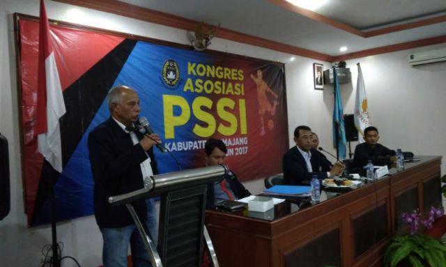 Aklamasi, H. Thoriq Kembali Pimpin Askab PSSI Lumajang