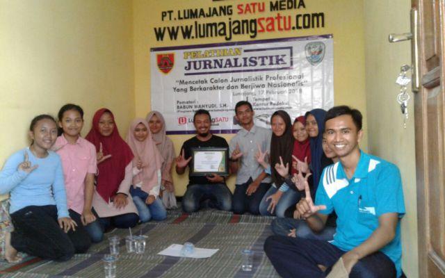 SCS SMAGA Gelar Pelatihan Jurnalistik Bersama L1