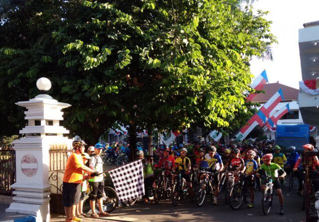 35 Juta Rupiah dari Goweser Lumajang Untuk Korban Gempa Lombok