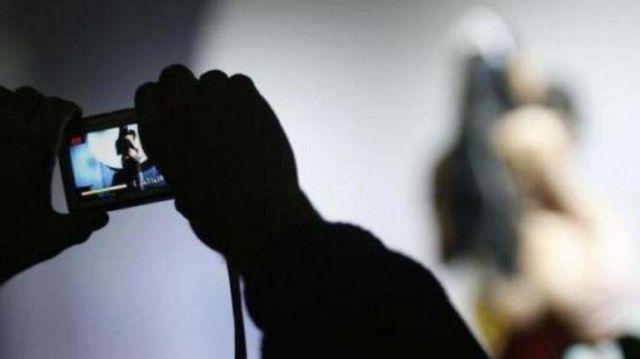 Berkas Kasus Fotografer Cabul Lumajang Mastenk CS Sudah P21