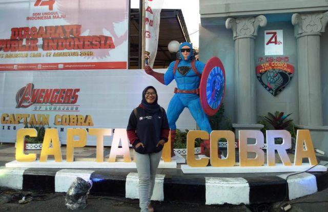 Iconic Captain Cobra di Depan Mapolres Lumajang Jadi Tempat Asyik Selfie