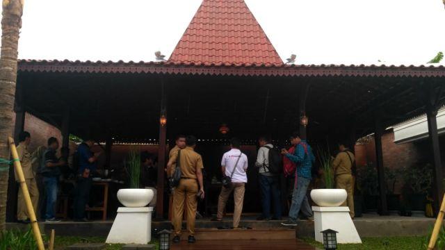 Joglo Pendopo Lumajang Tempat Pengaduan dan Aspirasi Rakyat