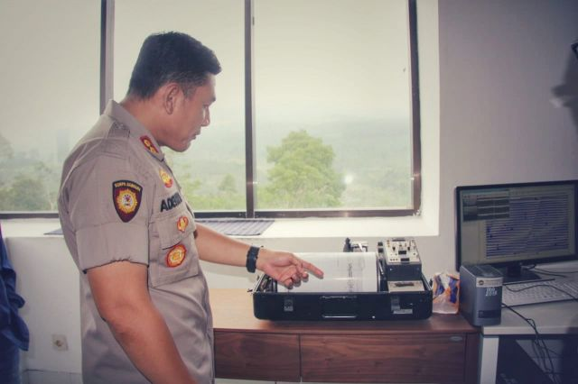 Kapolres Lumajang AKBP Adewira Datangi Pos Pantau Gunung Semeru