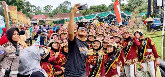 Kapolres Lumajang Bangga Aksi Pocil Pukau Pengunjung Serbu Duren