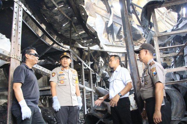 Tim Labfor Selidiki Kebakaran Pabrik Teh Kertowono Lumajang