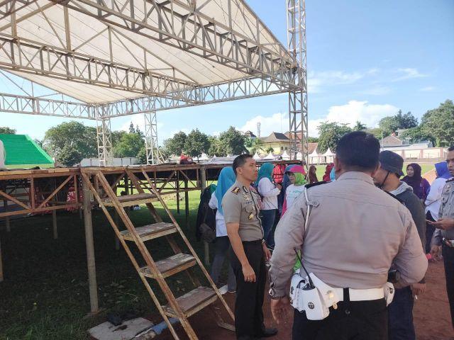 Kapolres Lumajang Cek Persiapan Kampanye Capres/Cawapres 02 di Stadion Semeru