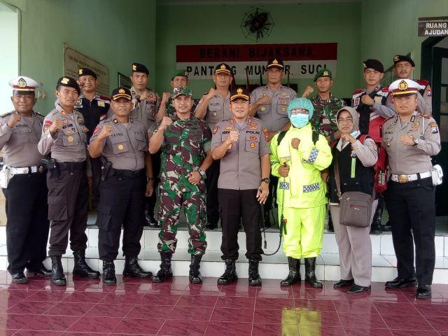 Kapolres Lumajang Kunjungi Batalyon 527 Bicara Soal Covid-19