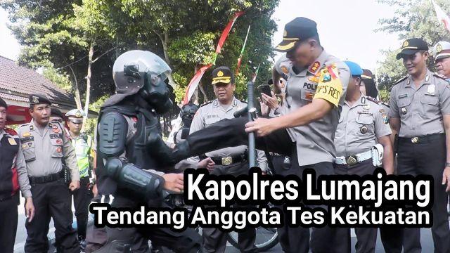 Video : Tendangan Kapolres Lumajang Bentuk Cek Kesiapan Anggota PAM Tahun Baru