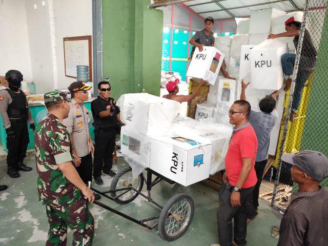 Rekapitulasi Tinggal PPK Kota Lumajang, Aparat Keamanan Disiagakan