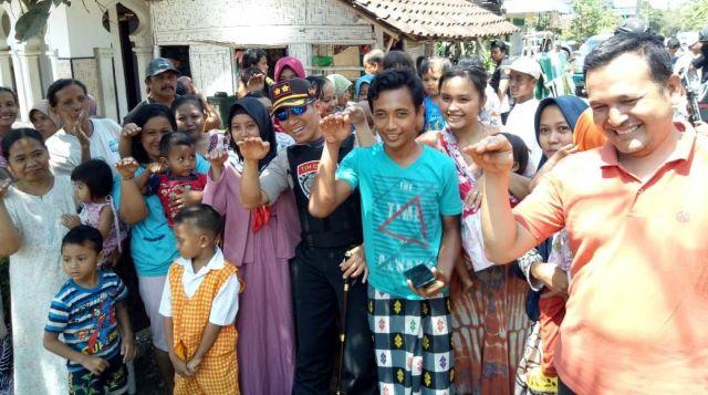 Mumpung Belum Pindah, AKBP Arsal Jadi Buruan Foto Warga Kalidilem